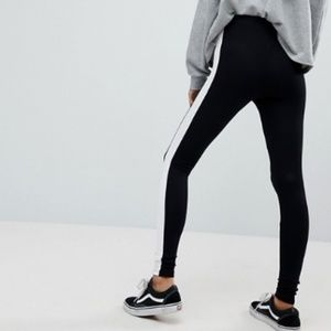 AMERICAN APPAREL BLACK LEGGINGS WHITE STRIPE